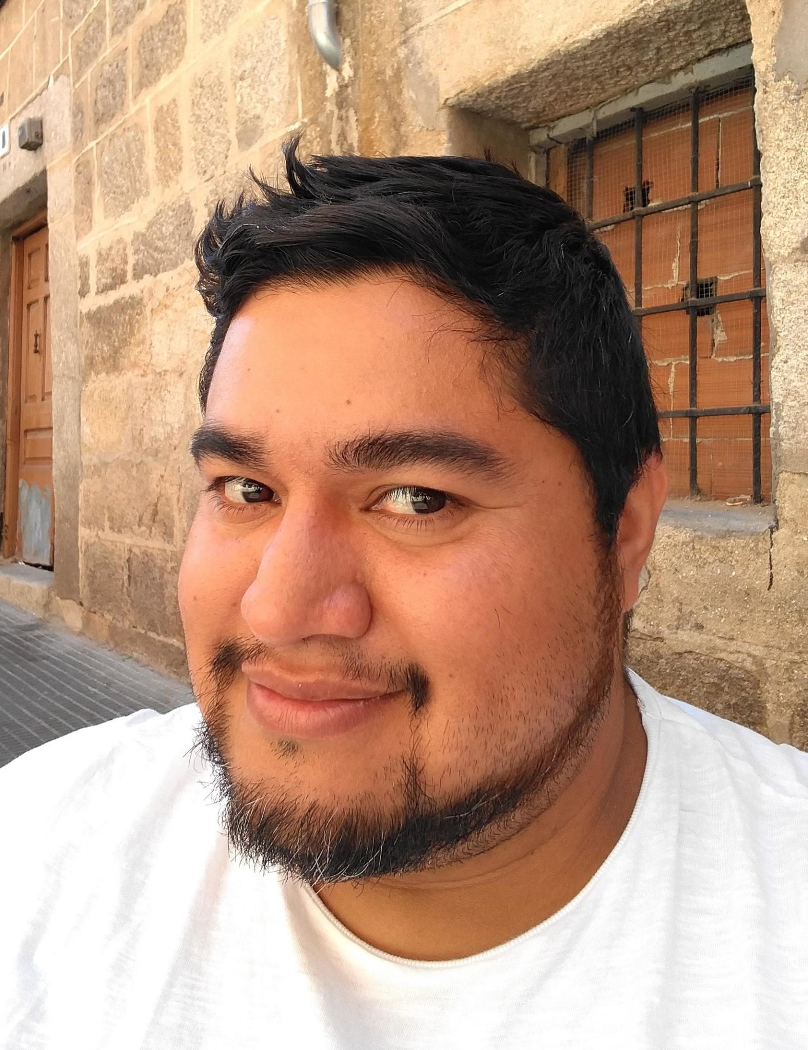 Hola! Mi nombre es Luis Reyes